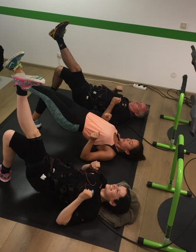 EMS-Training mit Personal-Trainerin